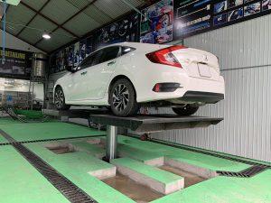 Tổng hợp kinh nghiệm chọn mua cầu nâng 1 trụ rửa xe