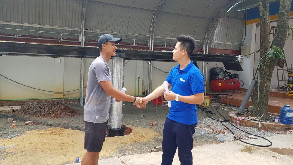 Cái bắt tay hợp tác giữa Uni Việt và anh Phúc