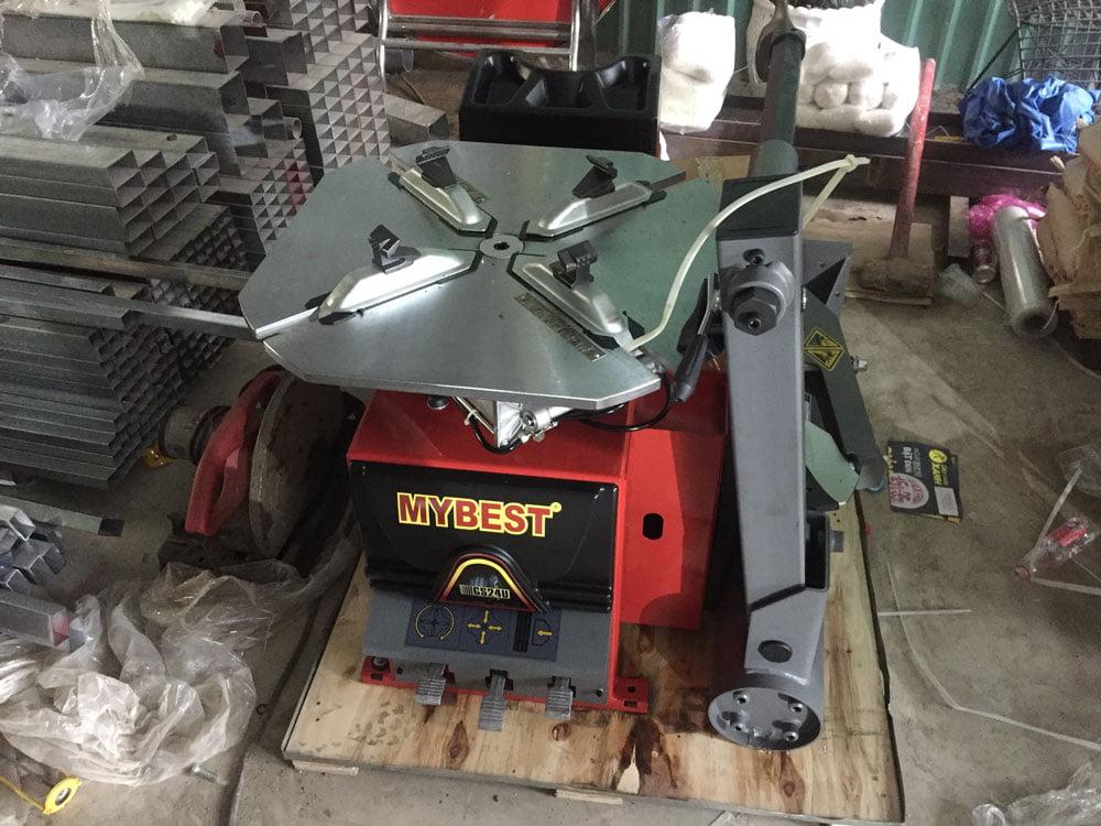 Lắp đặt máy ra vào lốp Mybest GS24U