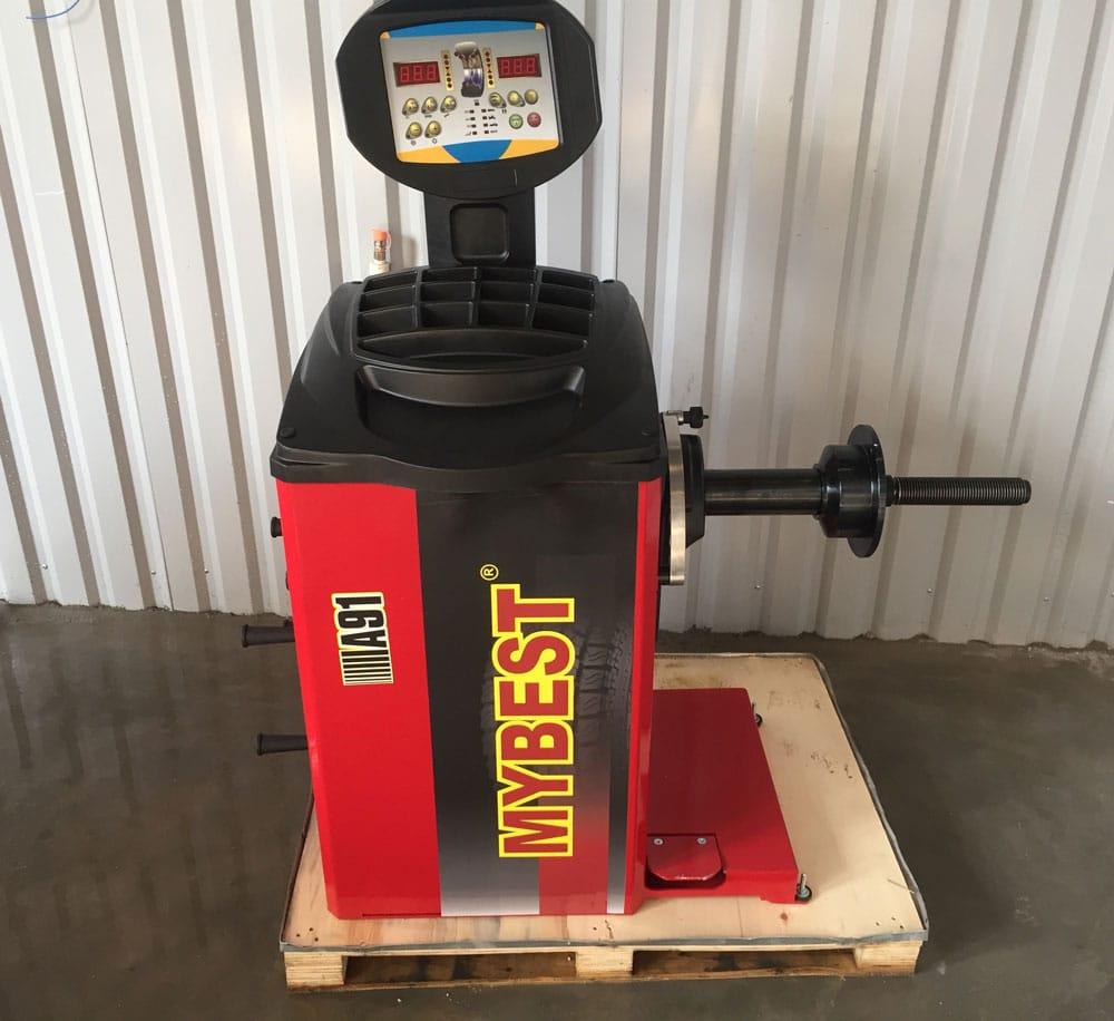 Lắp đặt máy cân bằng lốp xe ô tô MYBEST A91